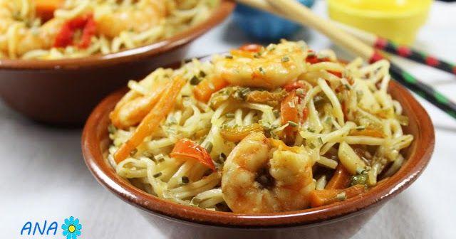 Noodles con verdura y langostinos Thermomix. Fideos de arroz con verduras y langostinos thermomix, comida china thermomix,