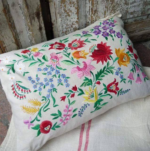Kalosca cushion cover parna.co.uk