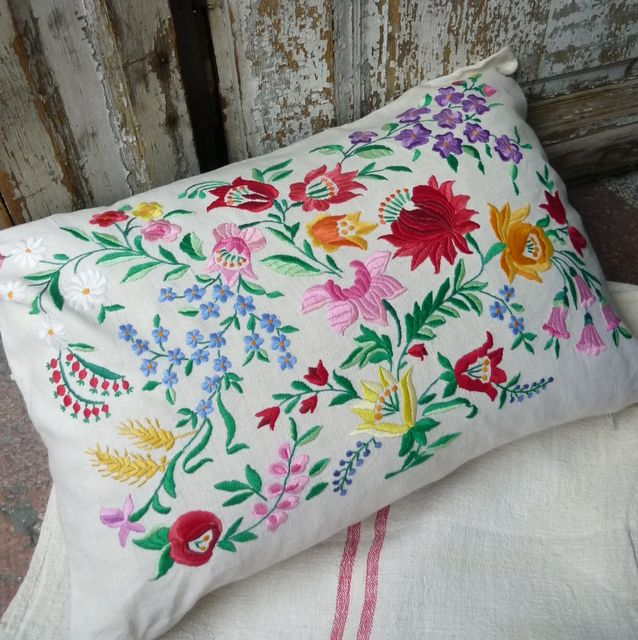 Kalosca cushion cover parna.co.uk