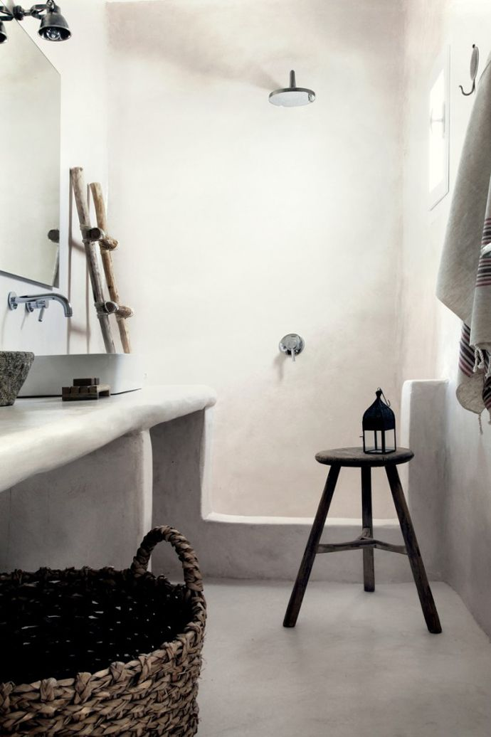 Scandinavian bathroom / San Giorgio Hotel in Mykonos by Design Hotels