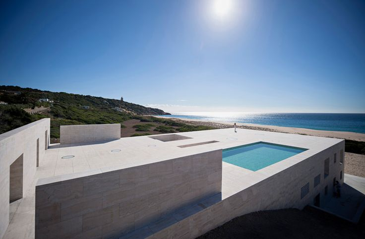 house of the infinite by alberto campo baeza stretches towards the ocean