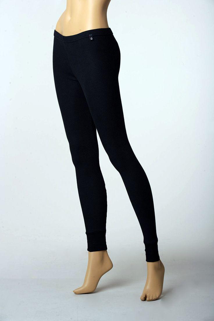 http://www.thermos.com.co/categoria-de-producto/ropa-termica/mujer/