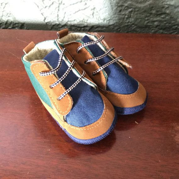 90s Baby Shoes  Vintage Baby Booties  Size 3 by MyVintagePoint