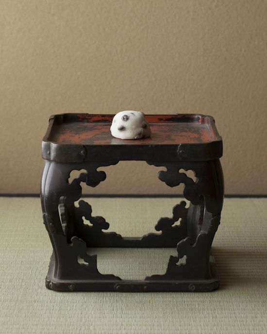 Japanese sweets -Mame daifuku- on Japanese lacquer tray from Muromachi period (1336~1573)