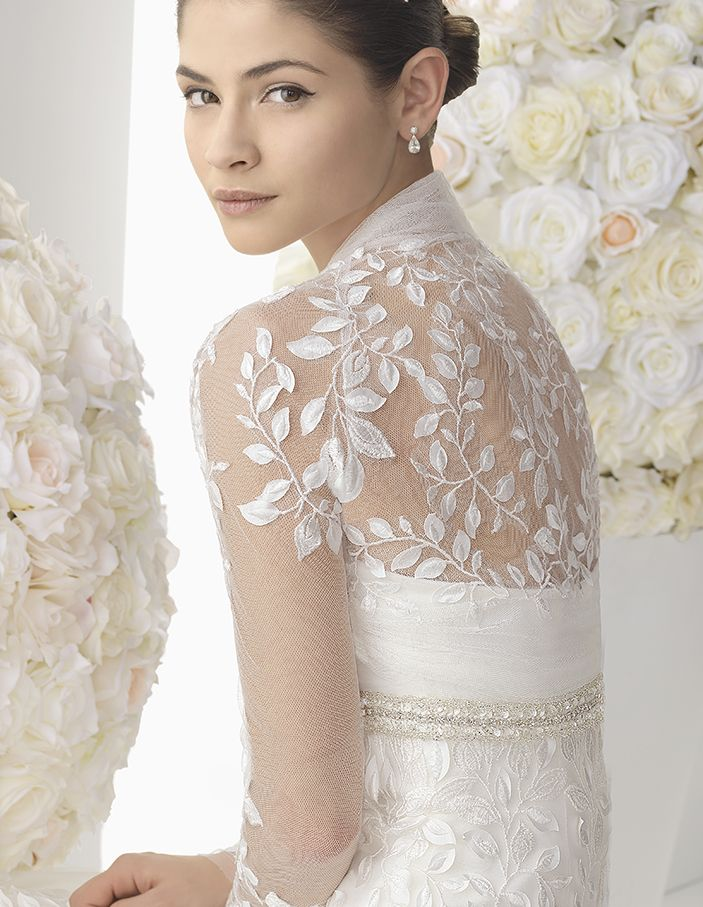 Fresh Long sleeved bridal jacket with embroidered leaves on tulle detailing