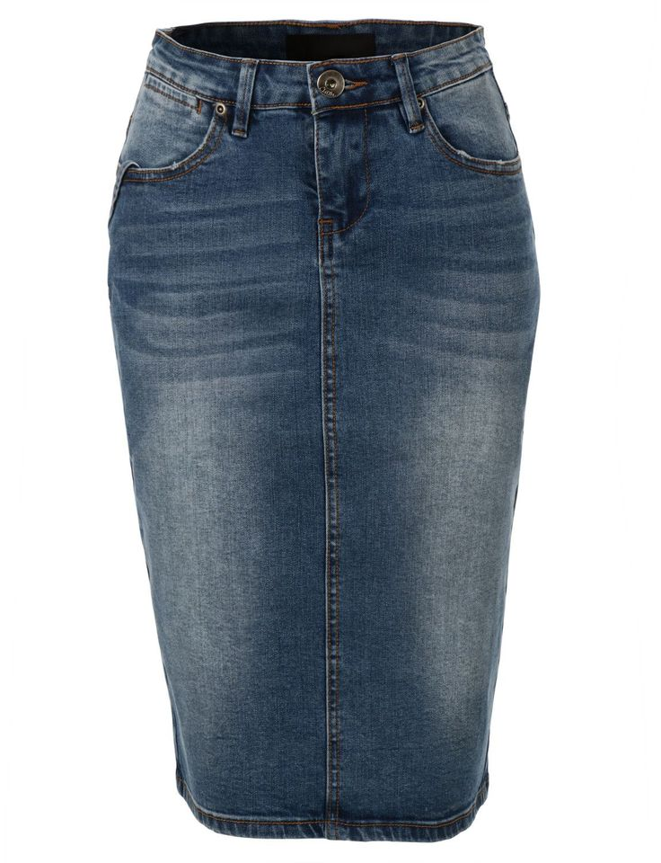 This high waisted denim pencil skirt with stretch is the new basic that every woman should own. Made from a lightweight and stretchy material for comfort, this skirt goes perfectly with crop tops or b
