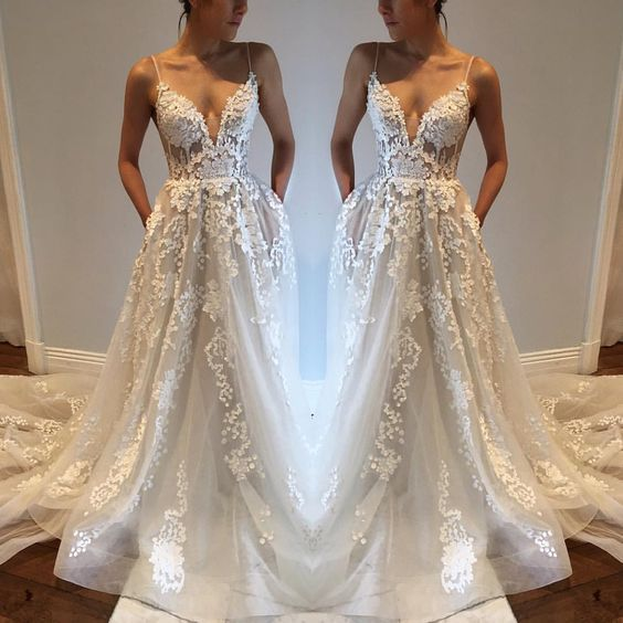 Wedding Dresses,Lace Wedding Gowns,Bridal Dress,Spaghetti Straps Wedding Dress,Brides
