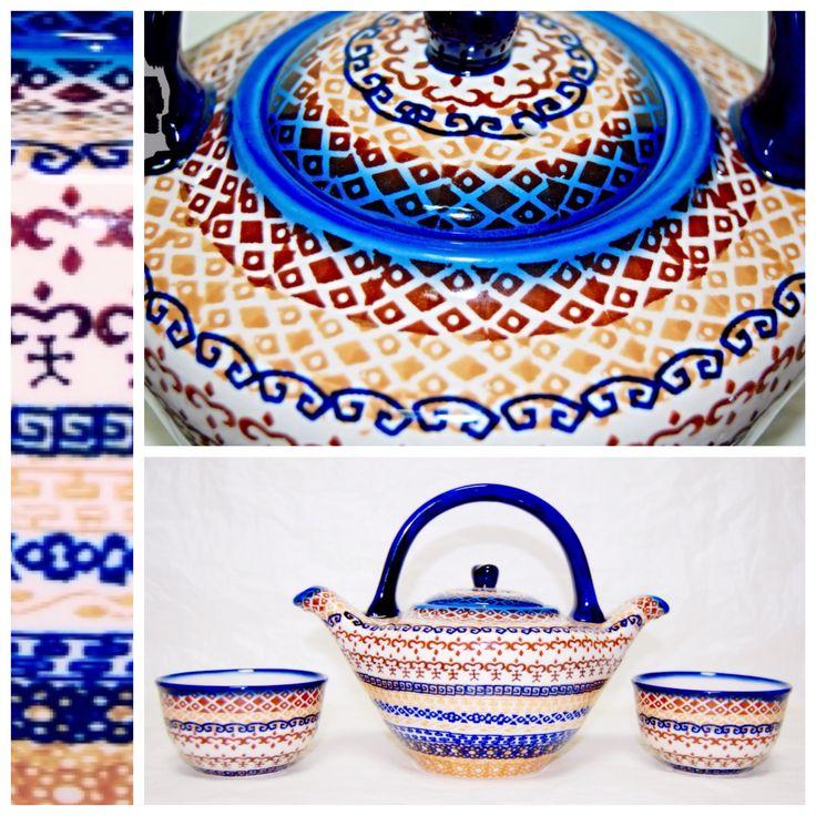 Тонкий южнокорейский орнамент для необычного чайника с двумя носиками. #керамикаручнойработы #посуда #посударучнойработы #ceramics #pottery #polishpottery ceramic tableware   pottery   polish pottery   boleslawiec   посуда   керамическая посуда   польская керамика   польская посуда   болеславская керамика   керамика