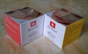 Dr. Pure Day Cream merupakan cream yang tidak berminyak yang berfungsi untuk melembabkan kulit serta membantu mencegah dan melindungi kulit dari sinar matahari http://lianytomodachishop.blogspot.co.id/2011/05/dr-pure-whitening-cream-putih-alami.html