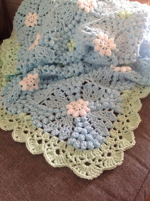Ravelry: cavasino's Gianna's popcorn blanket--border in notes