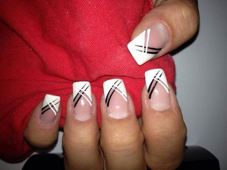 Nagel Muster french Schwarz-Weiß