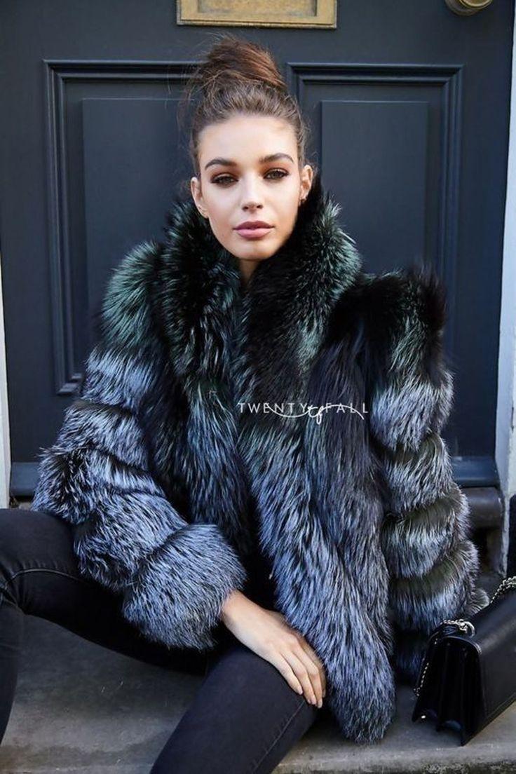 Erschwingliche Pelzmäntel: FurHatWorld