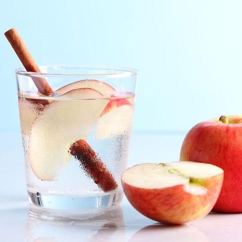 Apple Cinnamon Water