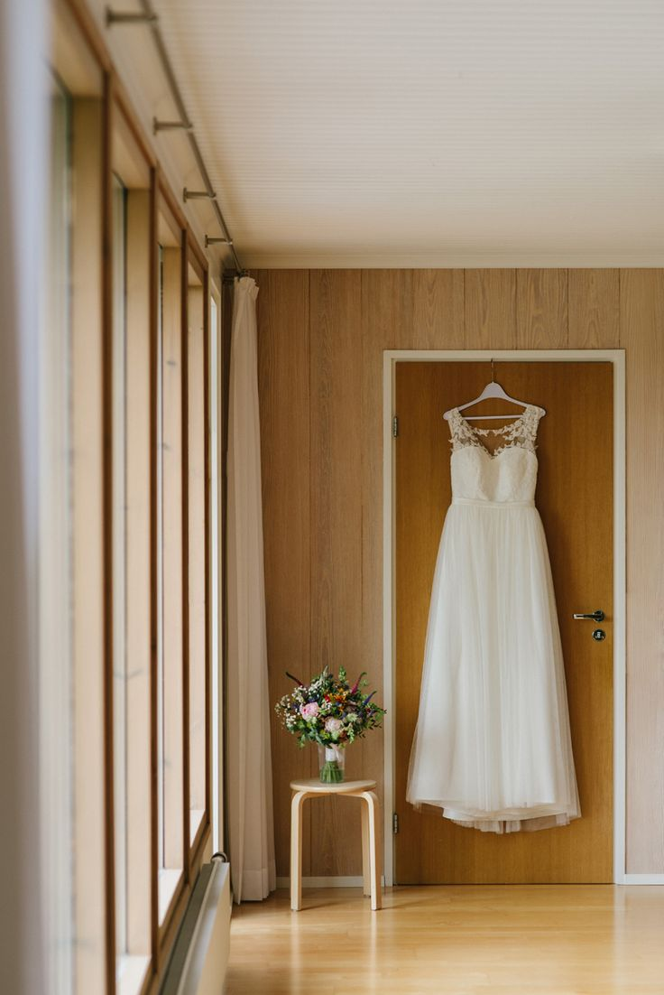 Simple romantic wedding dress in tulle and lace Julia Lillqvist | Anna and Jani | Bröllop Stundars | http://julialillqvist.com