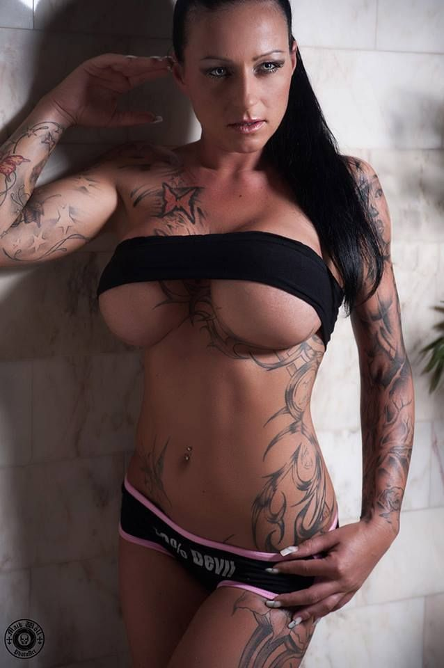 Sharon phoenix naked pictures