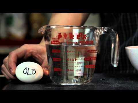 BEST video tutorial I have seen on how to make a perfect poached egg
