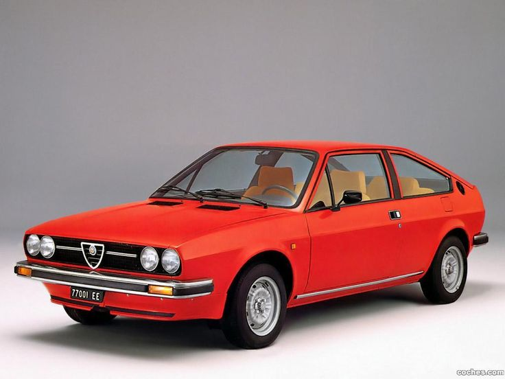 Like my second Alfasud sprint—Alfa Romeo Alfasud Sprint Veloce 1.5 in rosso red.