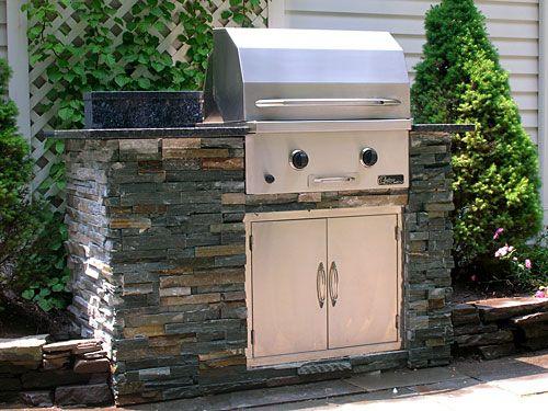 Small Outdoor Kitchens | Small Outdoor Kitchen Projects