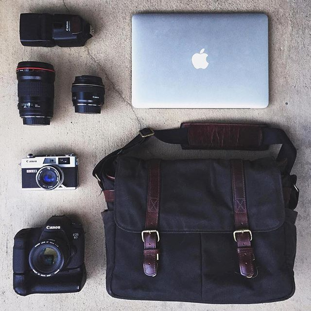 @austinftacnik's kit from a recent wedding he shot in Tahoe – featuring the black Brixton bag.