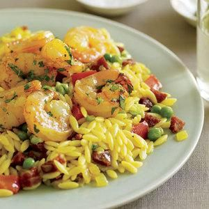Kick back with this veggie-packed Sunset Orzo with Spanish Shrimp 30-Minute Meal.
