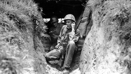 Der Kalte Krieg teilte nicht nur die Deutschen: Ob Korea, Vietnam oder Jemen: Der Kalte Krieg wurde nicht nur auf Atomtestgeländen und an Schreibtischen geführt. Er teilte ganze Länder nach blutigen Kämpfen.