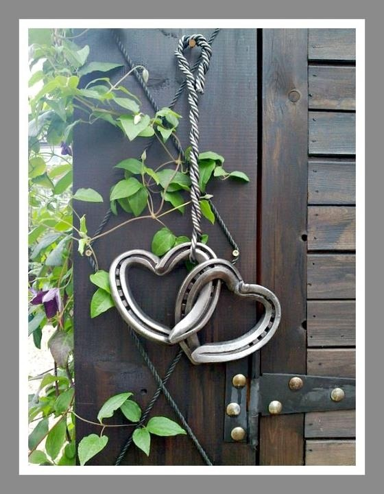 14 best images about horseshoe crafts on pinterest for Wooden horseshoes for crafts