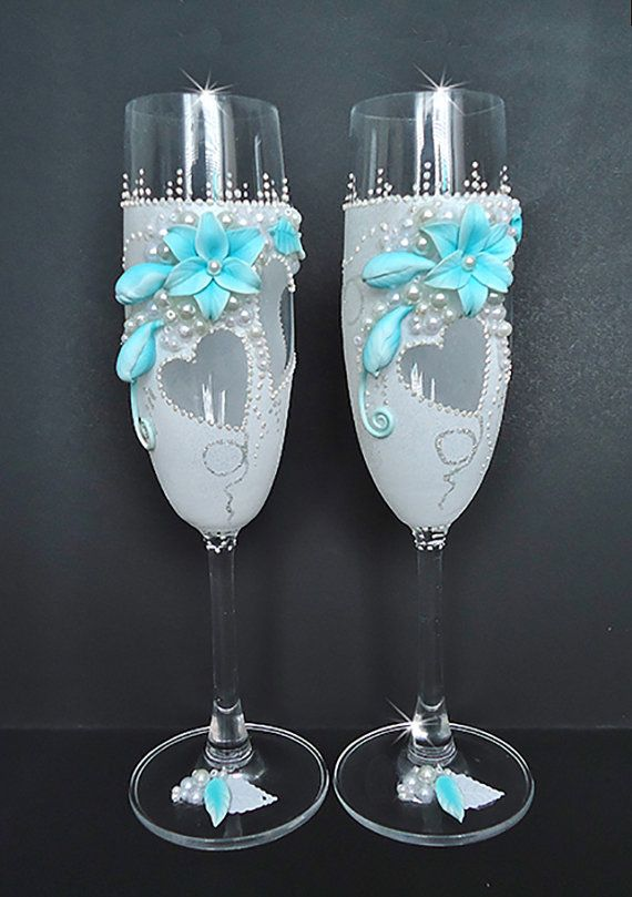 Blue and White Wedding champagne glasses by JoliefleurDeco on Etsy