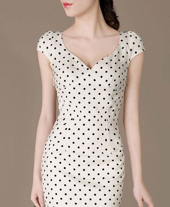 Fashion Cute Polka Dot Dress Perfect Curved Elegant Formal Dress Fresh Ladies Fitted Evening Dress Puff sleeves Plus Size available