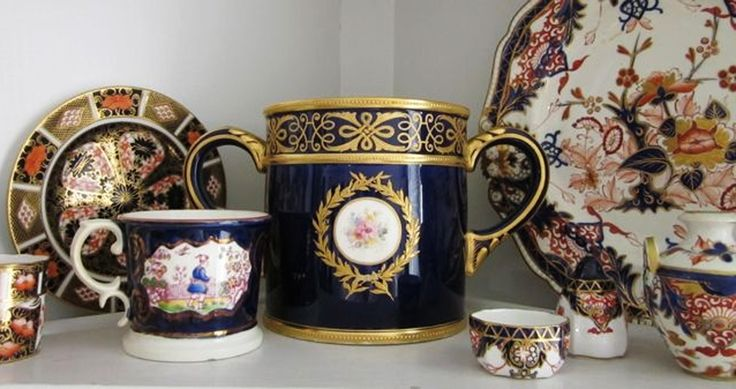 The Royal Crown Derby Porcelain Company, the Derby artists, porcelain products and makers marks.