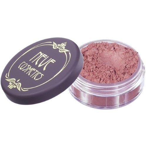 Il Blush Liberty Neve Cosmetics è un rosa intenso con riflessi dorati.Nasce come blush, ma è perfetto anche come rossetto e ombretto. Applicazione wet and dry. www.naturalsoul.it