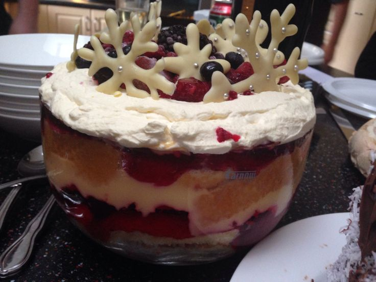 Summer Berry Trifle | Catering | Pinterest