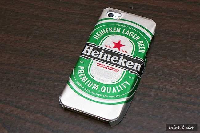 Cuántas veces hemos visto que venden funds para tu celular con diseños increíbles pero con un precio demasiado elevado.Las hay de todas las figuras, colores y sabores, pero todas son similares. Ahora imagina que puedes tener una con tu cerveza fav