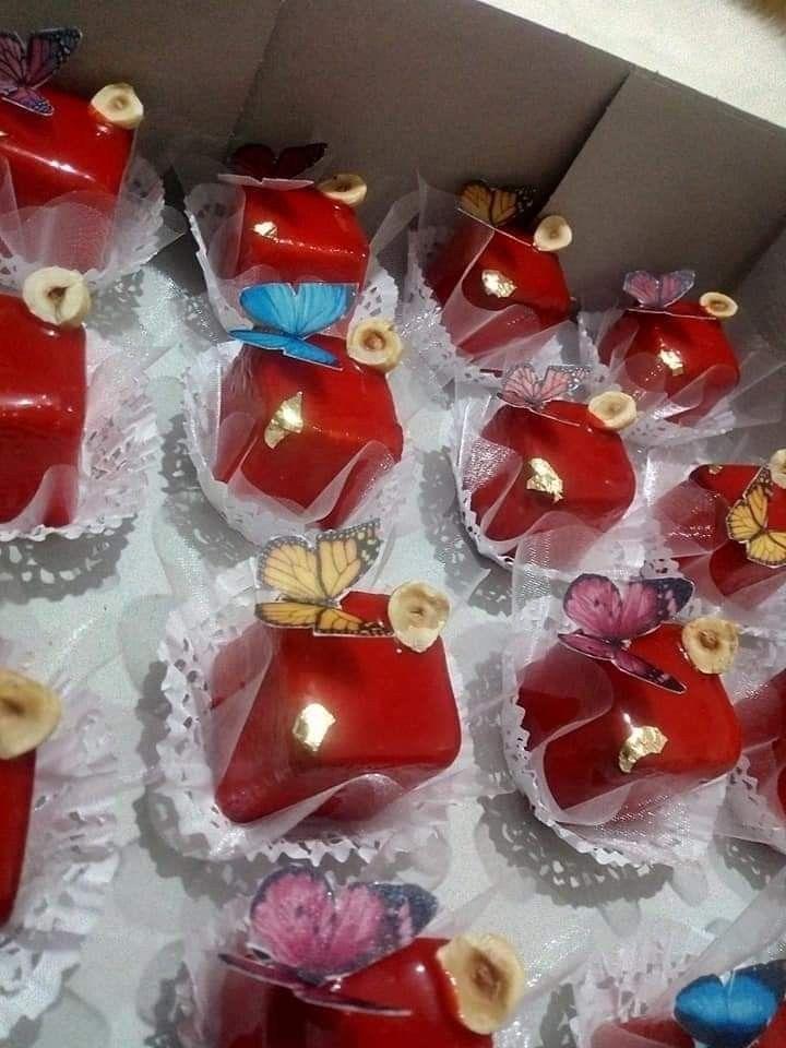 حلويات الأعراس و المناسبات حلويات الخطوبة حلويات العيد حلويات عصرية و تقليدية جزائرية Food Desserts Sweets
