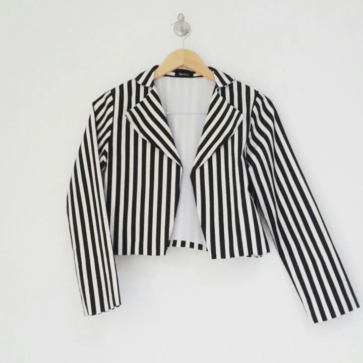 As always black and white is a perfect style. Style forever with striped black on