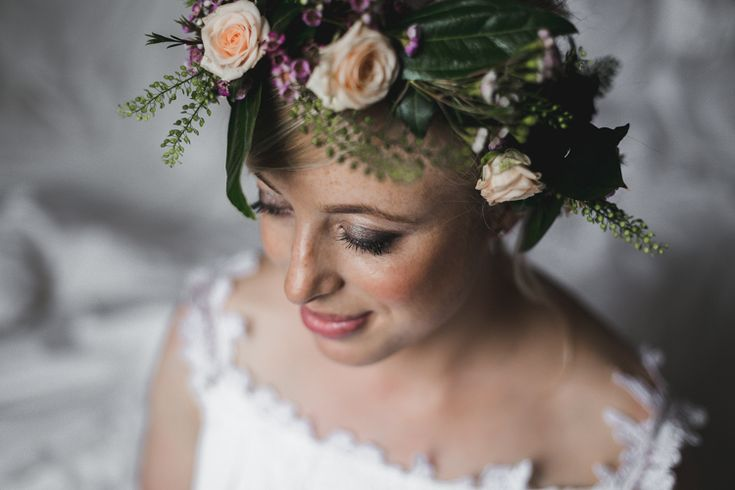 Bellinter House Wedding, Rustic Wedding Style, Wedding flower, wedding rustic, outdoor ceremony, Bellinter House, Wedding in Ireland, Irish Wedding Photographers, Destination Wedding Photographer, Weddings Abroad, Wedding Dress, flower headband, bride,