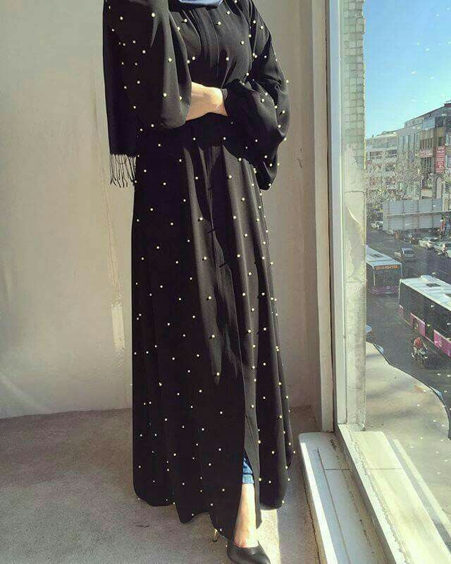 Adding #pearls to your #abayas gives ut a #feminine look..💜