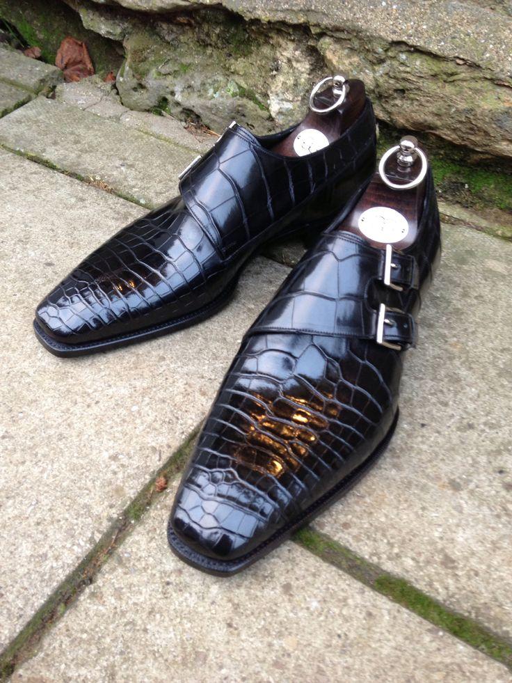 thesnobreport:    Gaziano & Girling for Bespoke England - Oakham in Black Alligator. TG73