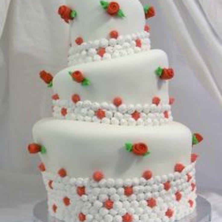 Best 25+ Fake wedding cakes ideas on Pinterest   Wedding cake ...
