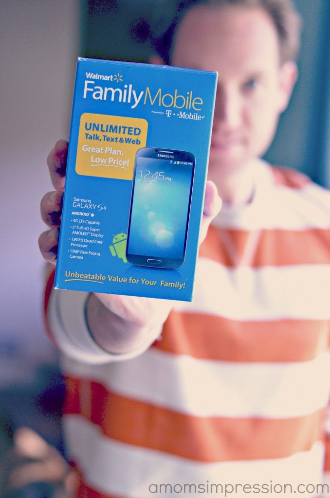 Fantasy Football Scores at my Fingertips with our Cheap Wireless Plan! #FamilyMobileSaves #shop #cbias
