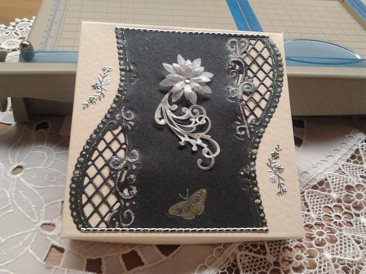Square card box (2)
