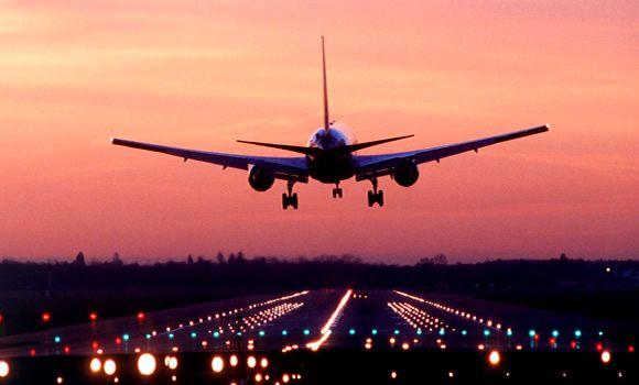 Passagens aéreas de madrugada são mais baratas? :: Jacytan Melo Passagens
