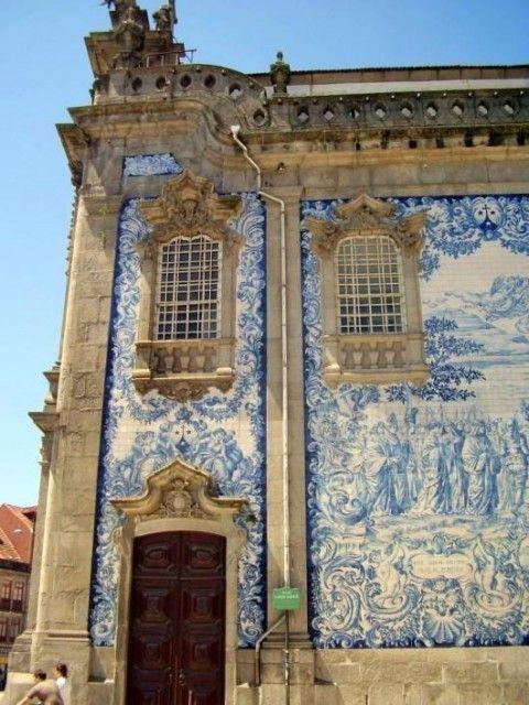 Iglesia del Carmen (Igreja do Carmo) :  Rua do Carmo  4050-164 Porto