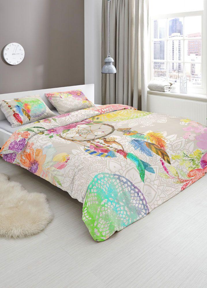 Levendig, kleurrijk en stijlvol. Zo omschrijven we HIP dekbedovertrekken. Ieder overtrek heeft een uniek dessin vol aparte patronen en afbeeldingen. HIP is daarom met name geschikt voor de moderne slaapkamer. De overtrekken zijn van luxe satijn of soepel katoen. #hipdekbedovertrek #hip #mandala #rainbow #unicorn #bed #beddengoed #slaapkamer #dekbedovertrek