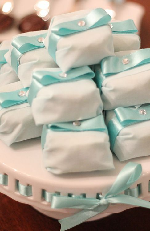 Tiffany inspired bithday, aniversario inspirado na Tiffany, mesa de doces, dessert table, azul, blue, party, festa, decor, decoraçao, bem-vividos.