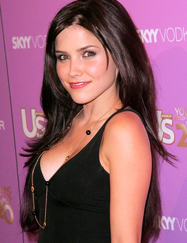 Sophia Bush.      Dark haired, sultry with a smoky voice.  Yowza!