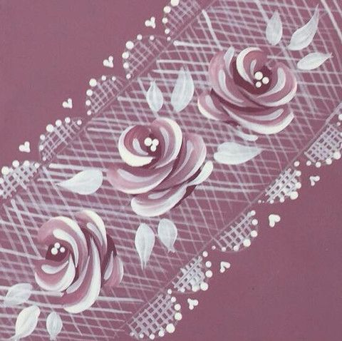 Add vintage roses to our delicate lace pattern to create a completely different look