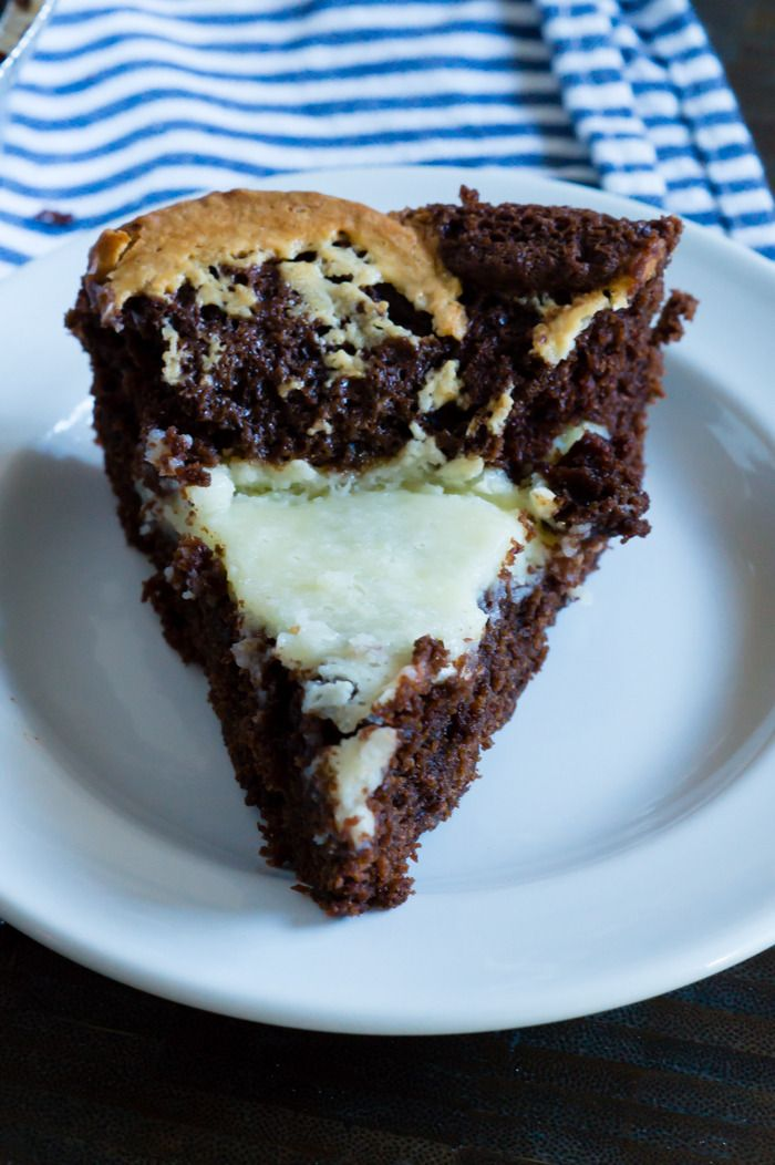 Cookbook Crush: March 2016 Neiman Marcus CAKE!