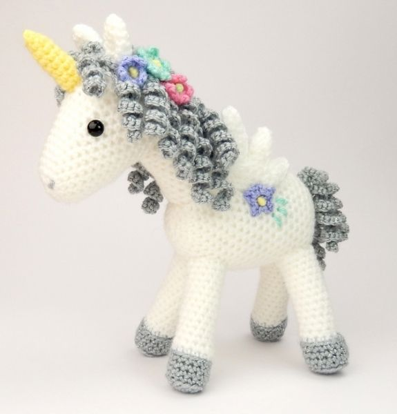 Curlicue the Unicorn amigurumi pattern by Janine Holmes at Moji-Moji Design