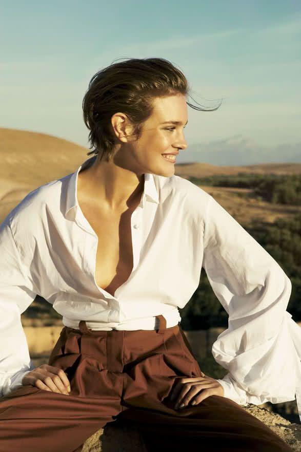 Title: White Russian Magazine: Vogue US March 2007 Model: Natalia Vodianova Photographer: Mario Testino