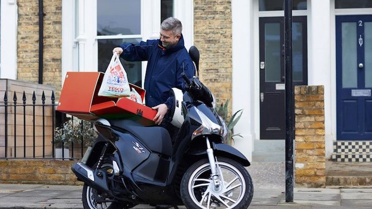 Speedy one-hour home delivery service courtesy of new Tesco app - Read more at:  http://www.producebusinessuk.com/insight/insight-stories/2017/06/26/speedy-one-hour-home-delivery-service-courtesy-of-new-tesco-app